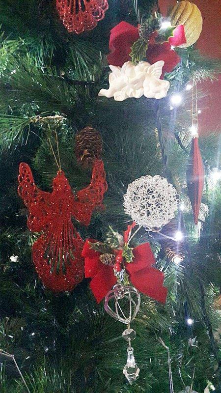decorazioni albero natale angelo rosso bianco argento