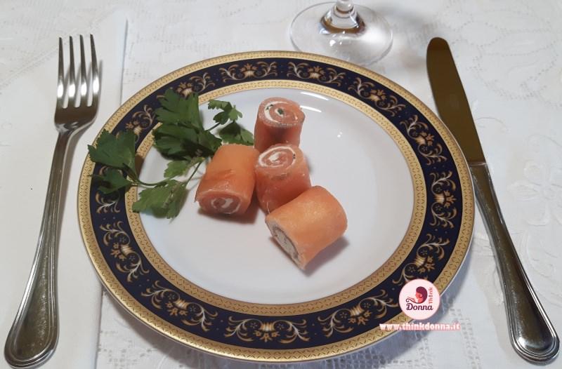bocconcini di salmone finger food