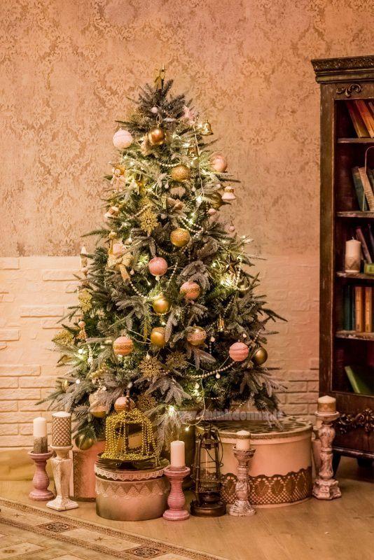 albero di natale decroazioni rosa oro candele