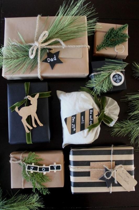 regali in carta kraft con rami pino corda biglietto Albero di Natale in stile scandinavo | Decorazioni natalizie nordiche