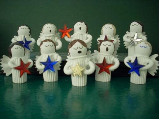 Decorazioni natalizie fai da te economiche e facili da for Lavoretti di natale fai da te semplici e veloci