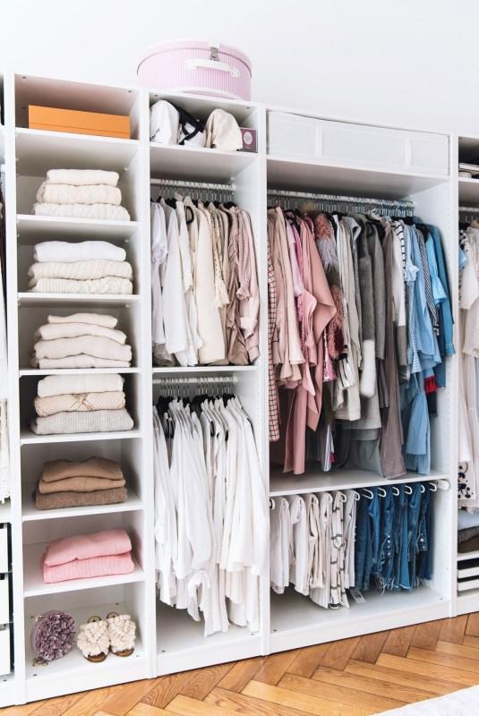 Come cambiare il tuo guardaroba dall'estate all'autunno/inverno armadio cambio stagione jeans camicie