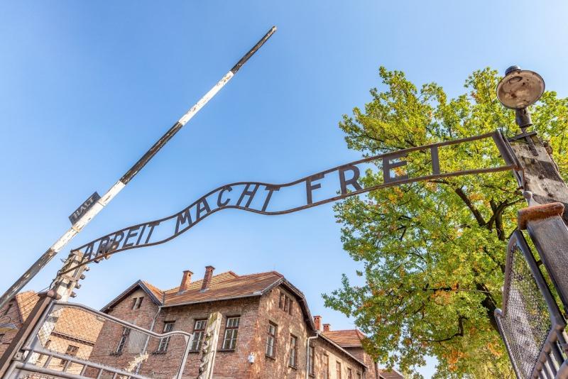 Auschwitz Birkenau ingresso campo di concentramento