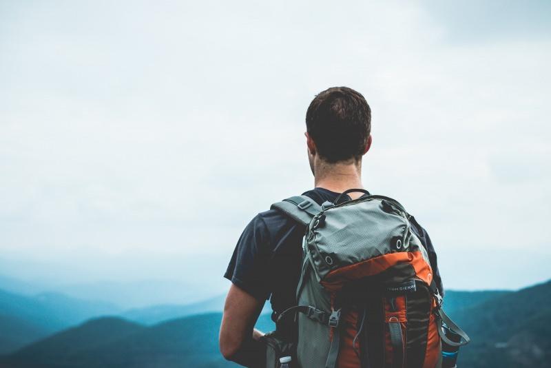 vacanze zaino in spalla backpacker