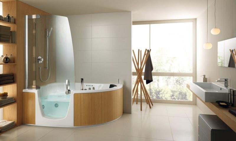Come arredare un bagno di lusso vasca doccia effetto legno stile moderno
