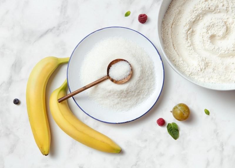 ingredienti banane zucchero farina