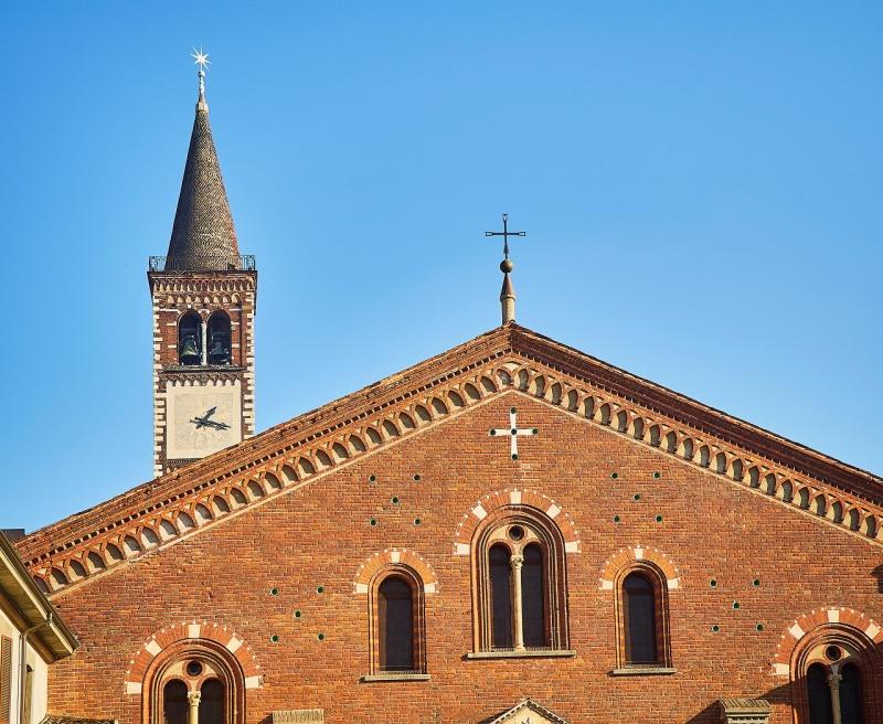 stella dei Magi campanile basilica sant eustorgio Milano