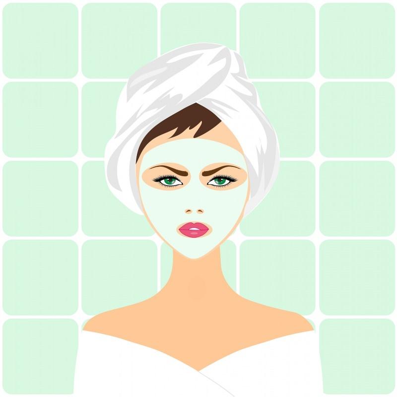 7 consigli di bellezza per essere belle per le Feste di Natale maschera viso trattamento