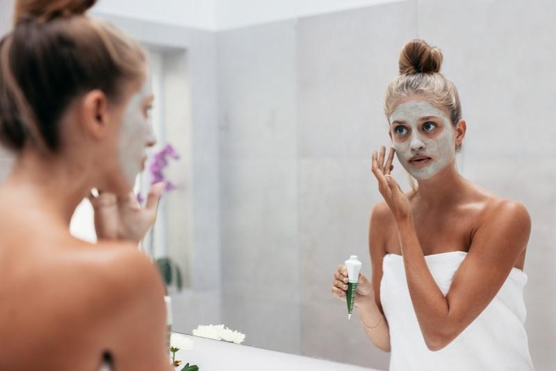 pulizia viso maschera di bellezza