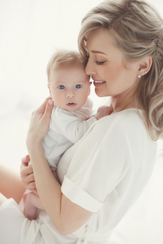 mamma sorriso amore materno bambino piccolo dolcezza