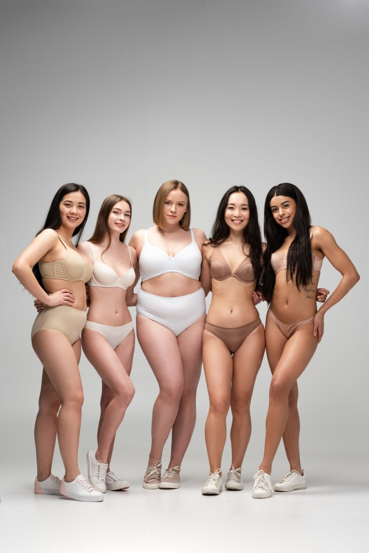 biancheria intima donne forme varie