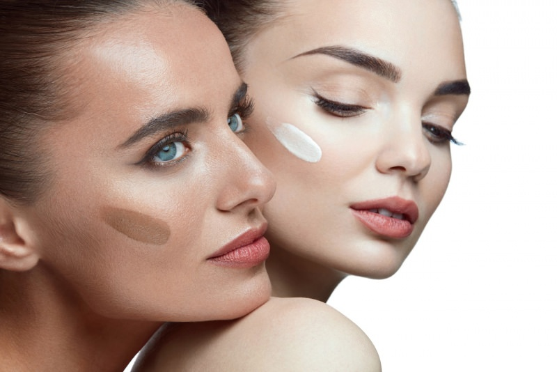 viso donne fondotinta pelle colore diverso