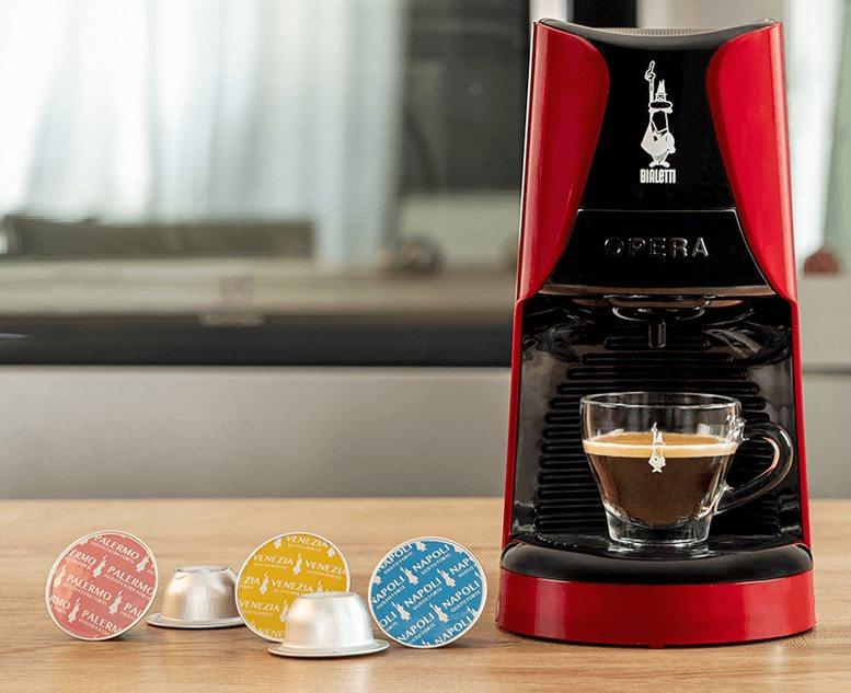 macchina da caffè espresso Bialetti Opera capsule