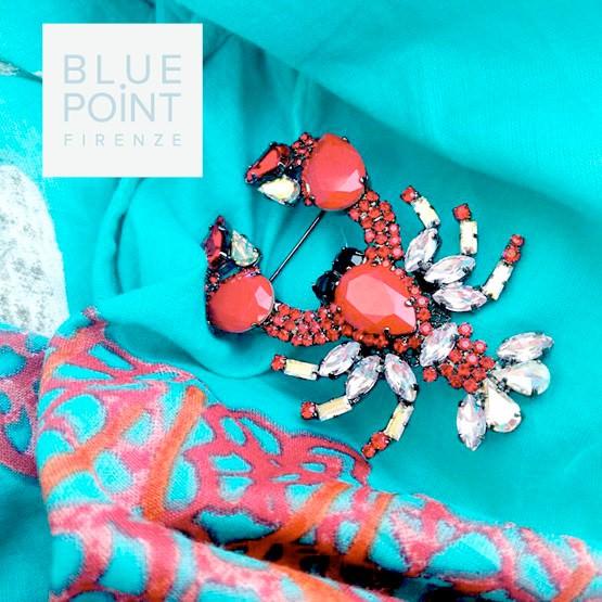 """Mini guida ai """"gioielli in vacanza"""" spilla scorpione pietre bianco rosse blue point firenze stampa azzurro rosso corallo"""