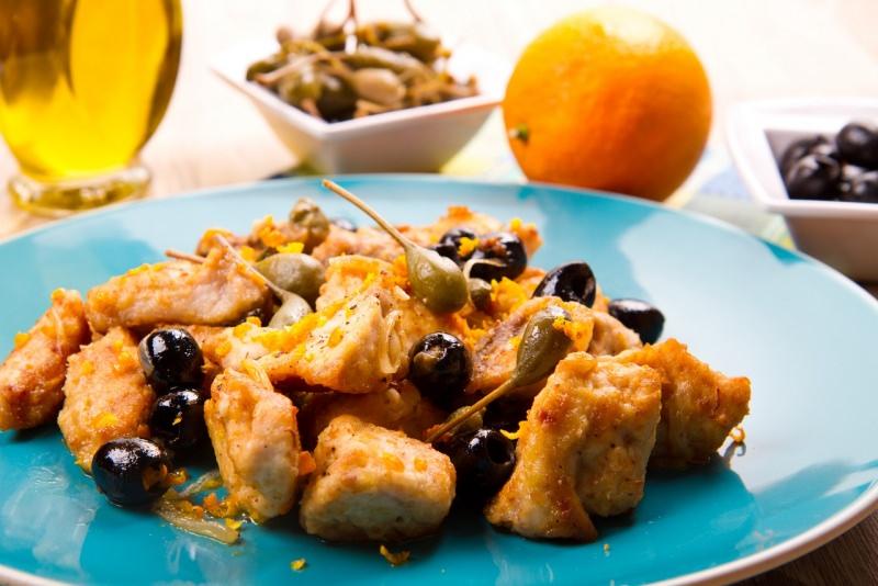 bocconcini di pesce spada olive e capperi piatto pronto