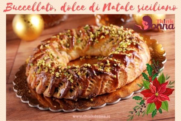 buccellato dolce di Natale siciliano sfere oro dorate tavola feste