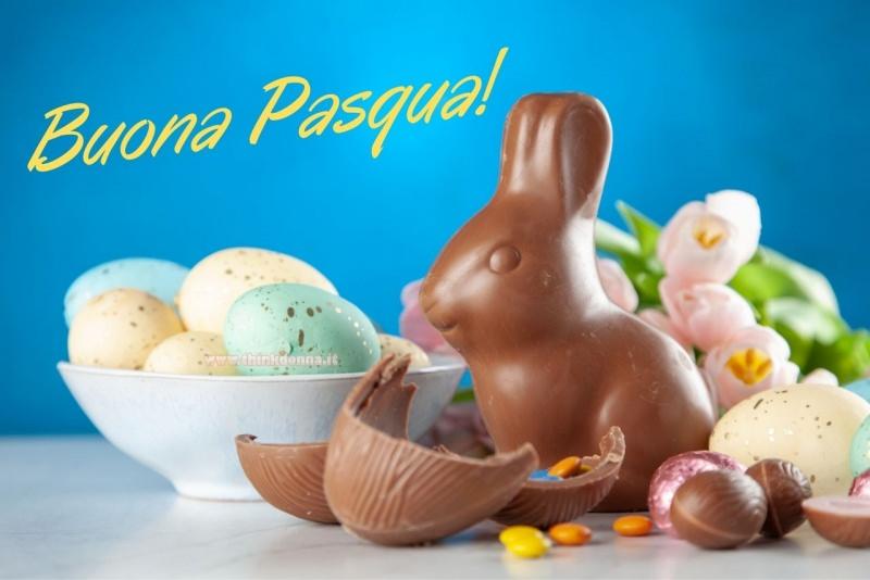 buona pasqua auguri biglietto coniglio di cioccolato ovetti smarties