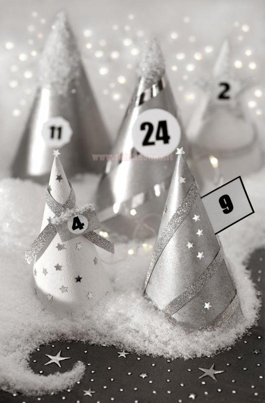 calendario dell'avvento coni argento neve finta stelline nastro argento