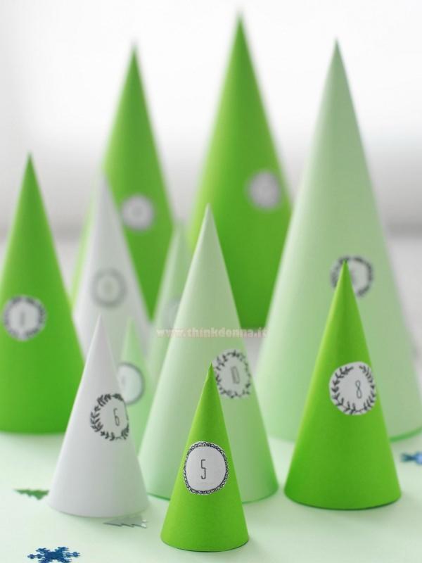 calendario dell'avvento coni verdi