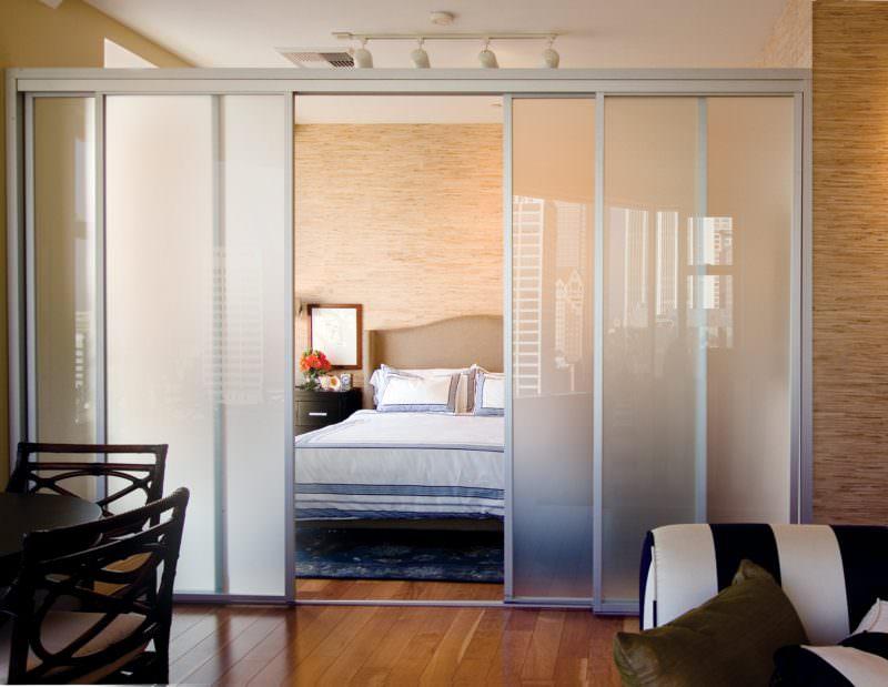 Famiglia numerosa: come ottenere più spazio e ampliare casa porta scorrevole vetro