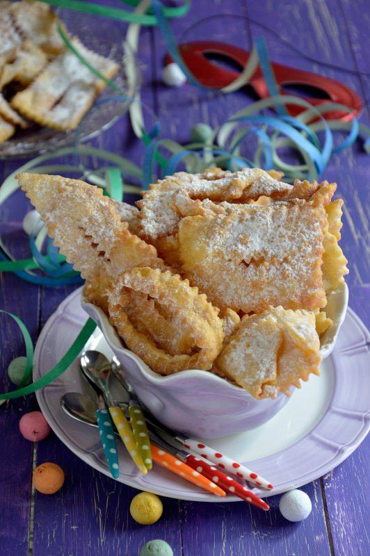dolci di carnevale fritti chiacchiere