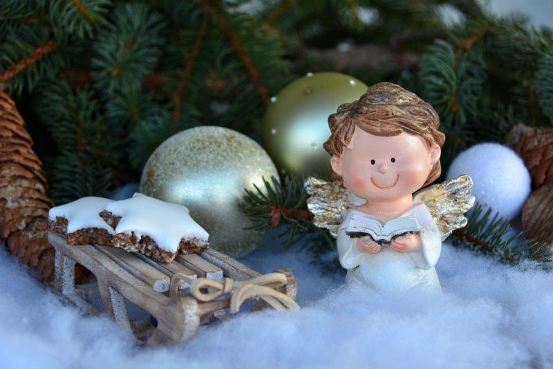 Natale 2018 | Addobbi natalizi| Idee | Colori | Decorazioni palline glitter angelo biscotti rami