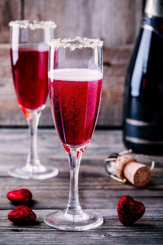 cocktail champagne e mirtilli rossi ricetta san valentino
