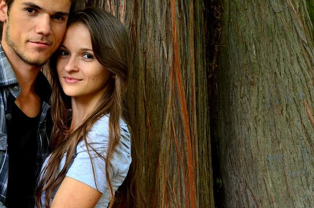coppia innamorati uomo donna