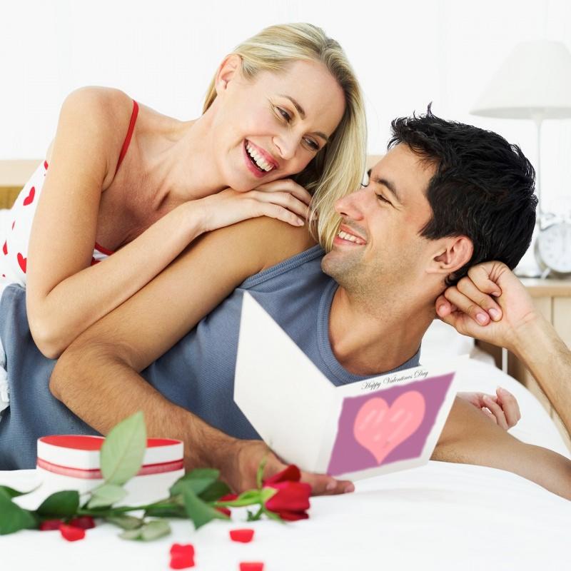 coppia innamorati san valentino biglietto