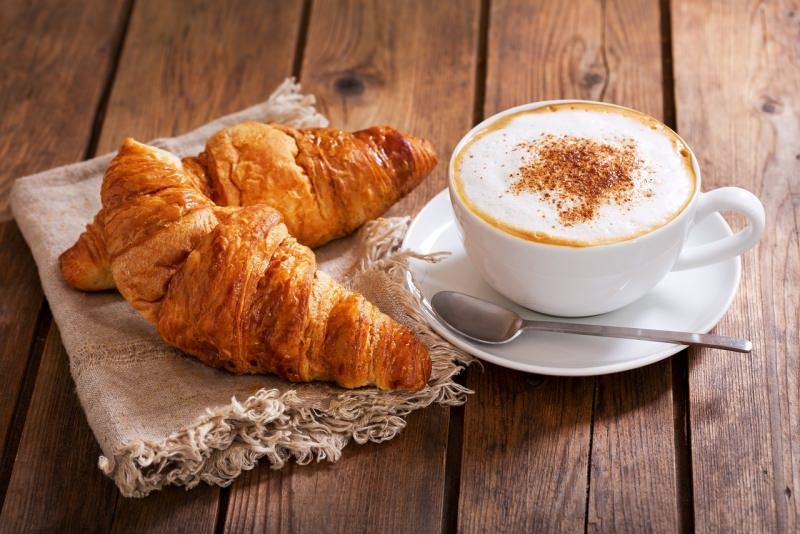 brioche cappuccino cornetti croissant