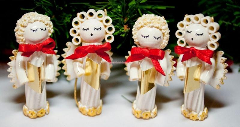 coro angeli fatti a mano con la pasta fai da te decorazioni natale