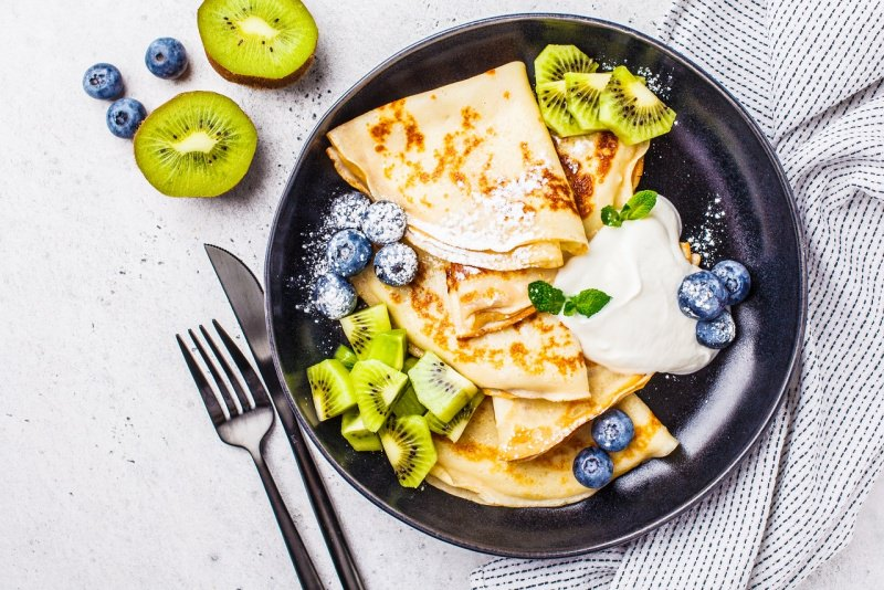 crepes padella frutta kiwi mirtilli crema crêpes zucchero a velo