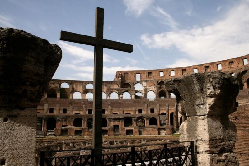 croce colossero roma