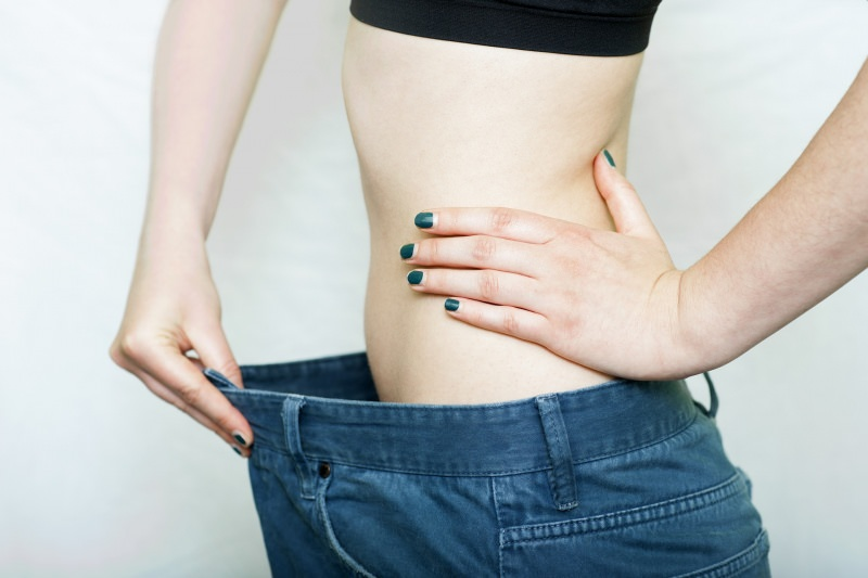dimagrire perdere peso corpo donna jeans