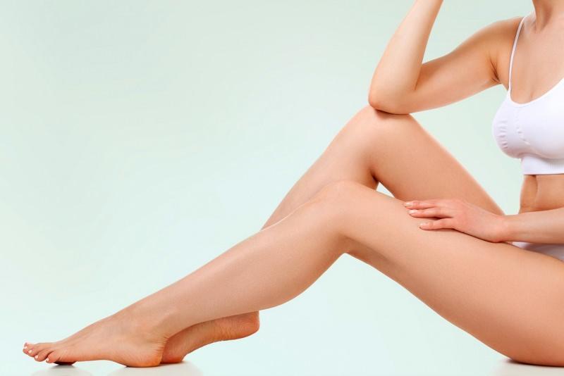 corpo donna bello pelle liscia