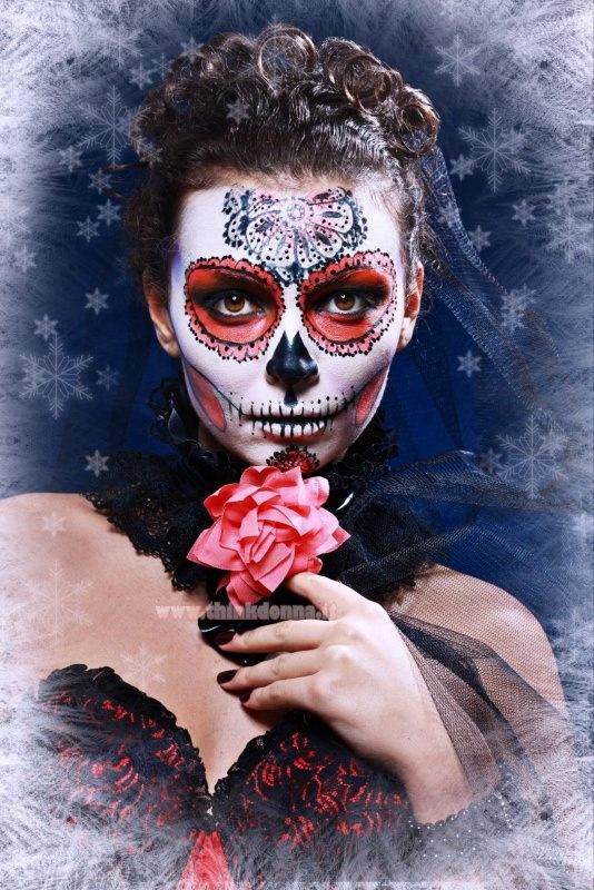 trucco viso donna teschio halloween messicano calavera
