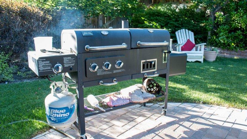 barbecue grill grigliata aperto