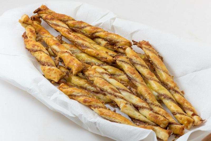grissini pasta sfoglia prosciutto crudo snack vassoio