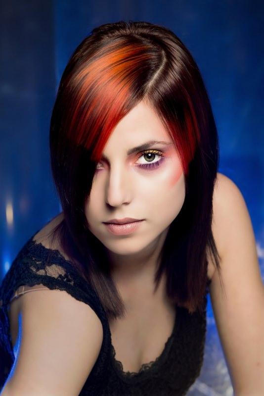 Migliori tinte per capelli, con o senza ammoniaca? capelli donna lisci colore rosso rame lucentezza