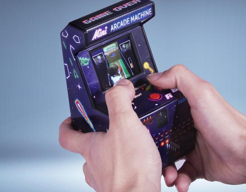 5 idee regalo per lui per i suoi 30 anni mini arcade machine console giochi