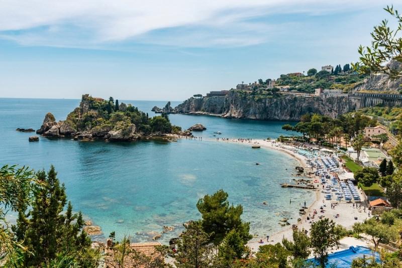 Isola Bella Taormina mare