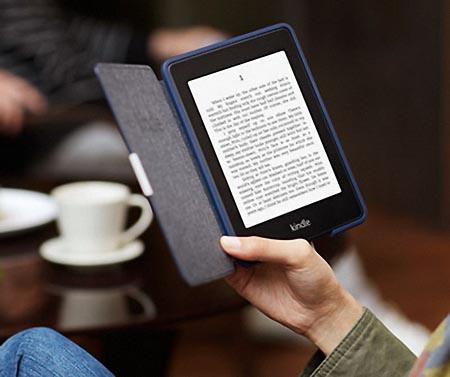 Quale regalo fare per San Valentino per lui e per lei e-reader kindle lettura tazzina caffè