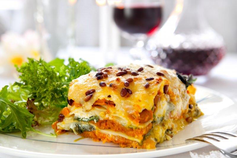 lasagne vegetariane primopiatto pronto in tavola pasqua