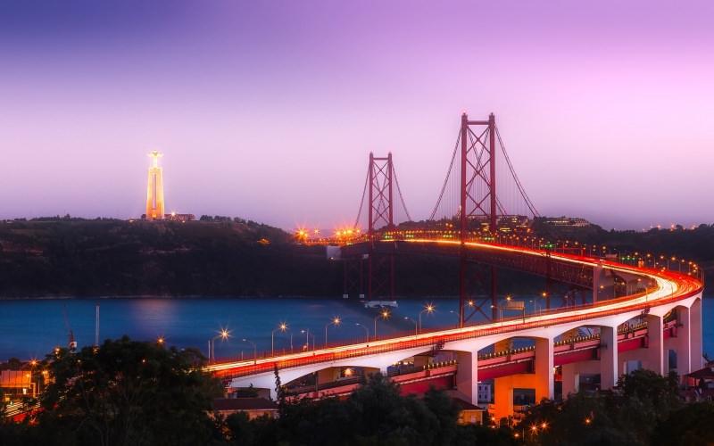 Ponte 25 de Abril Partire per il Portogallo: un viaggio di 7-10 giorni