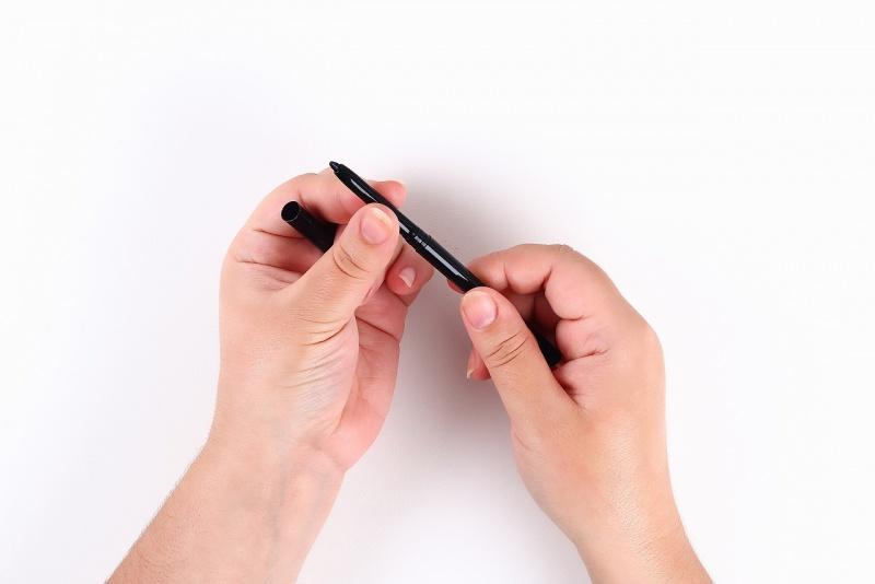 eyeliner a penna