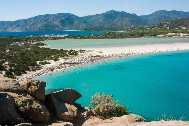Mare e spiaggia di Villasimius in Sardegna