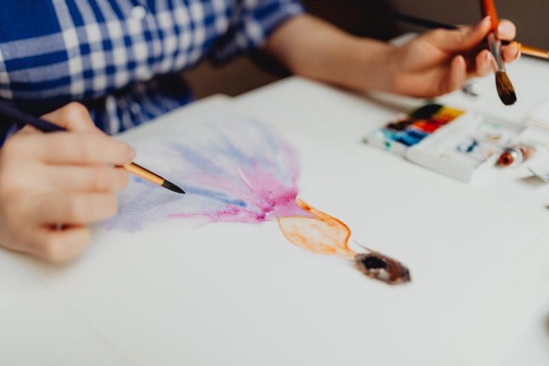 moda disegno pittura pennello tempere