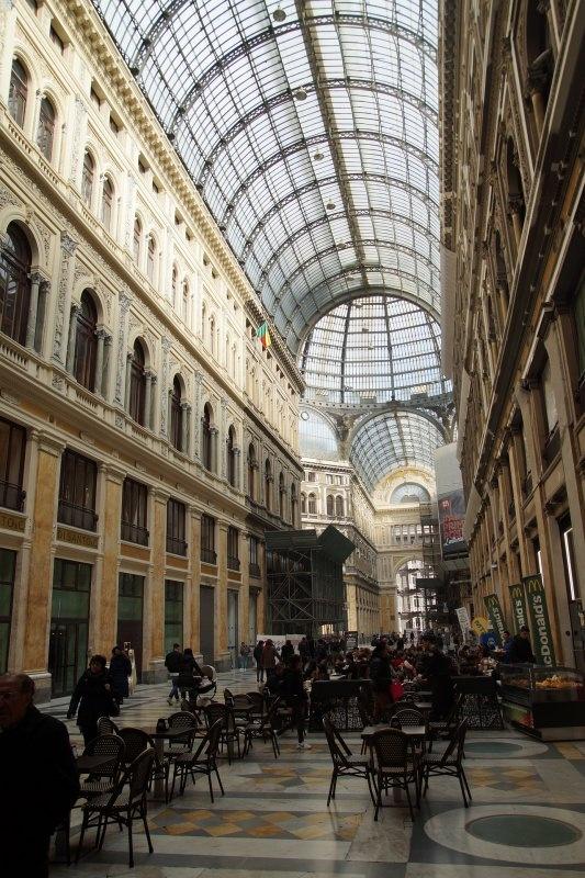Galleria Umberto I Napoli Come fare le Graffe di Carnevale | Ricetta originale napoletana