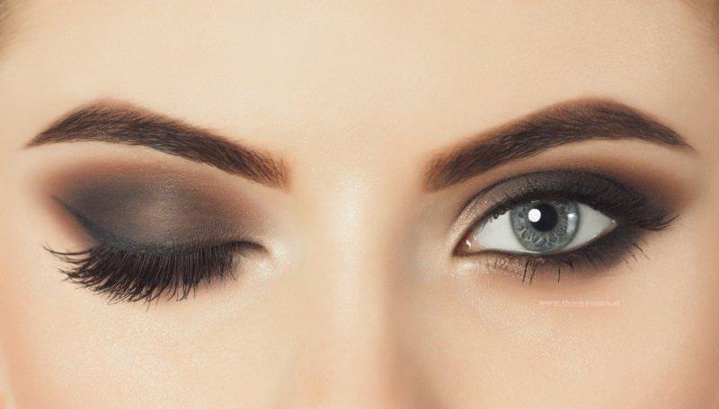 occhi grigio trucco smokey makeup