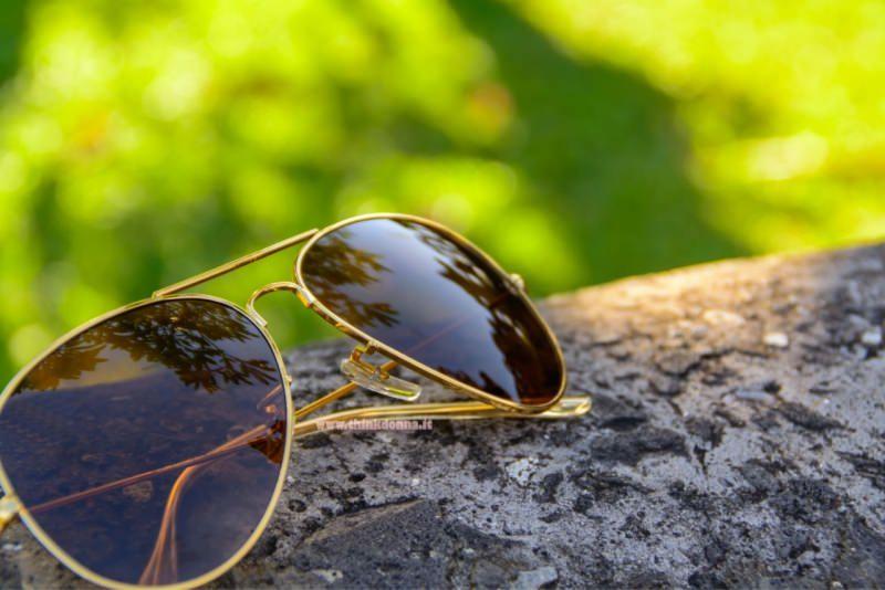 occhiale da sole a goccia aviator dorato vetro marrone